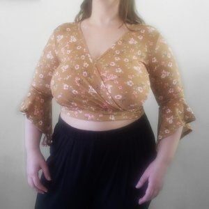 3 for $15 Glance Floral Bell Sleeve Wrap Crop Top